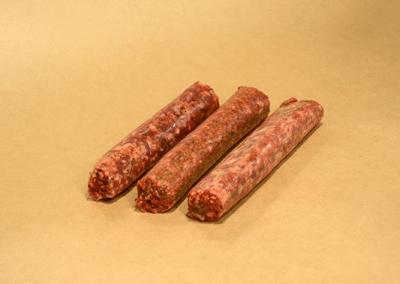 сурова-телешка-наденица-beef-sausages